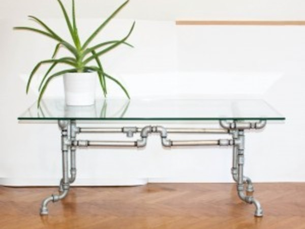 Steel tube table by Rustycity